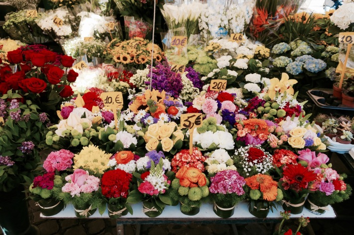 flowers in Rome
