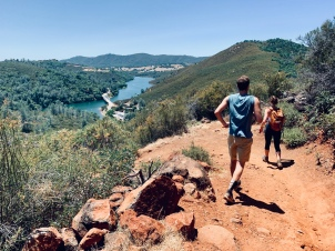 Folsom hike w/ Sam & Kia